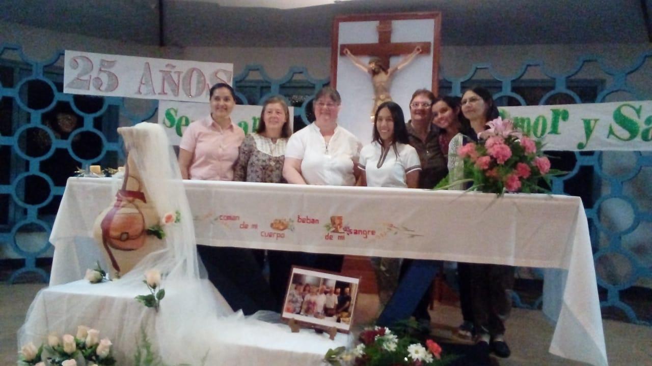 bodas-de-plata-de-consagracin-religiosa-de-cristina-marta-grilj_42809545814_o