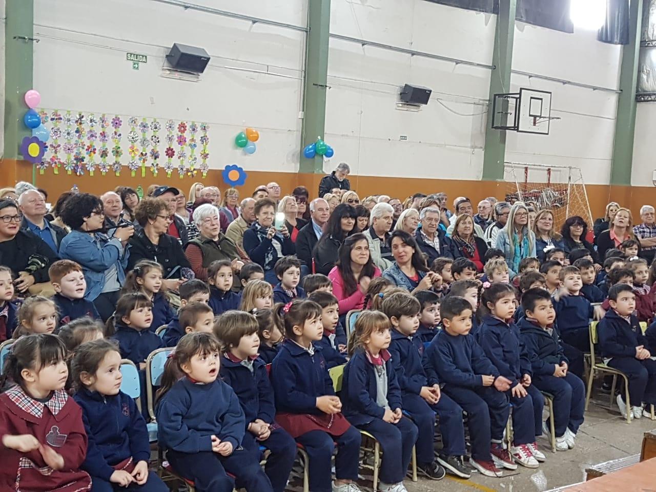 da-de-los-abuelos-imam-mataderos_43019161050_o