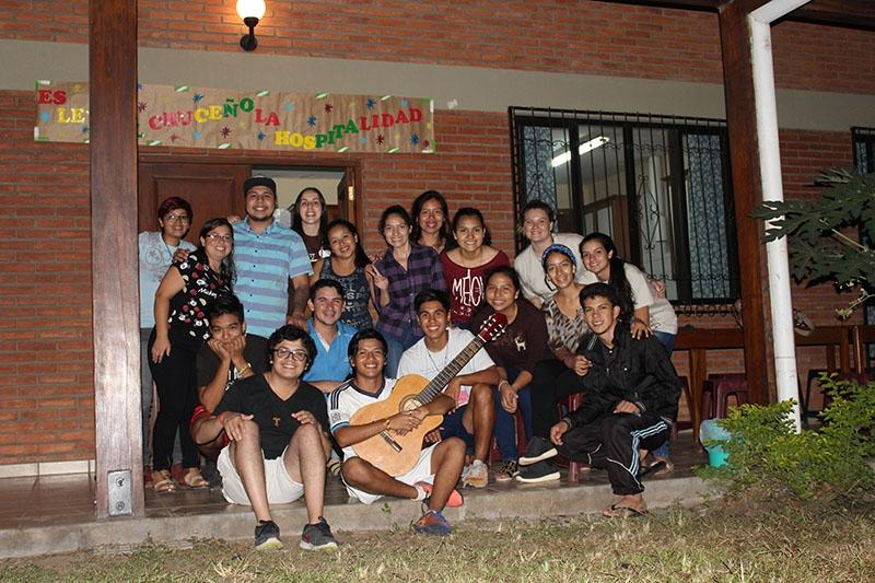 encuentro-con-los-jvenes-en-bolivia_31904365154_o
