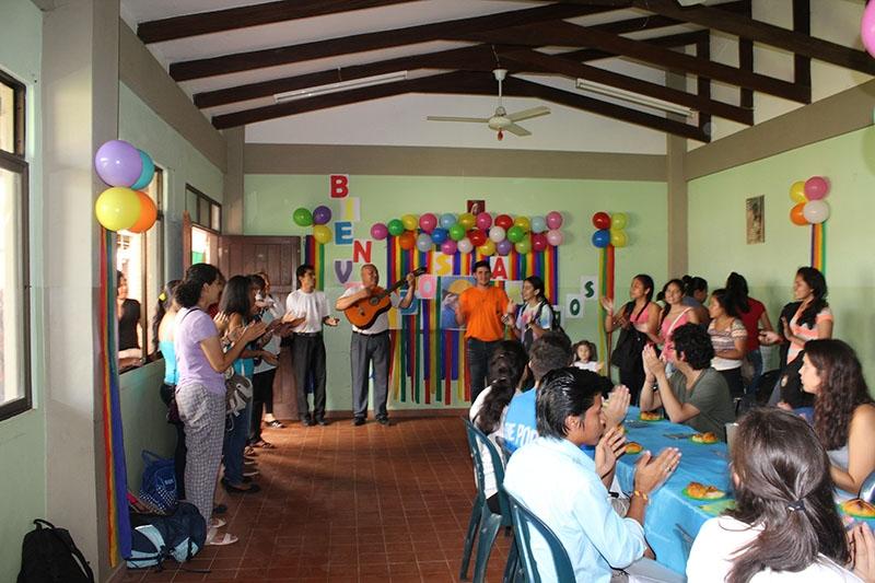 encuentro-con-los-jvenes-en-bolivia_31933038123_o