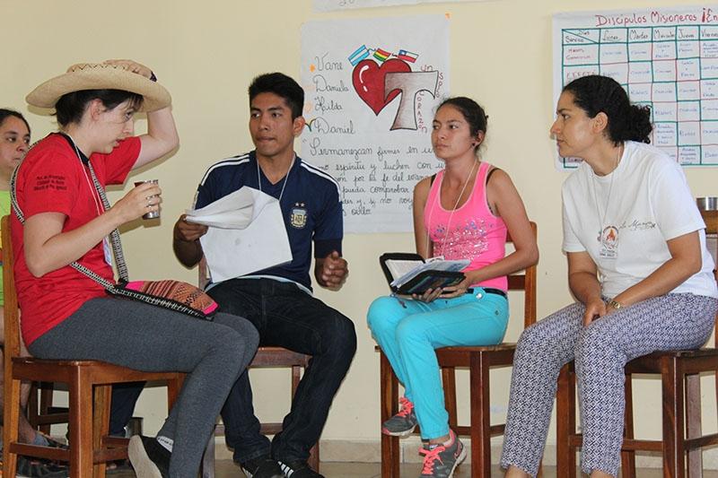 encuentro-con-los-jvenes-en-bolivia_32367154770_o