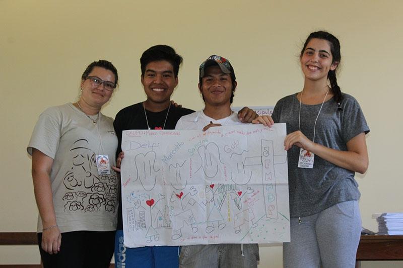 encuentro-con-los-jvenes-en-bolivia_32367189160_o
