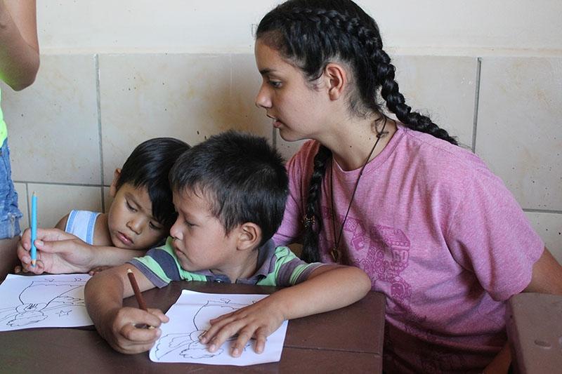 encuentro-con-los-jvenes-en-bolivia_32705924426_o