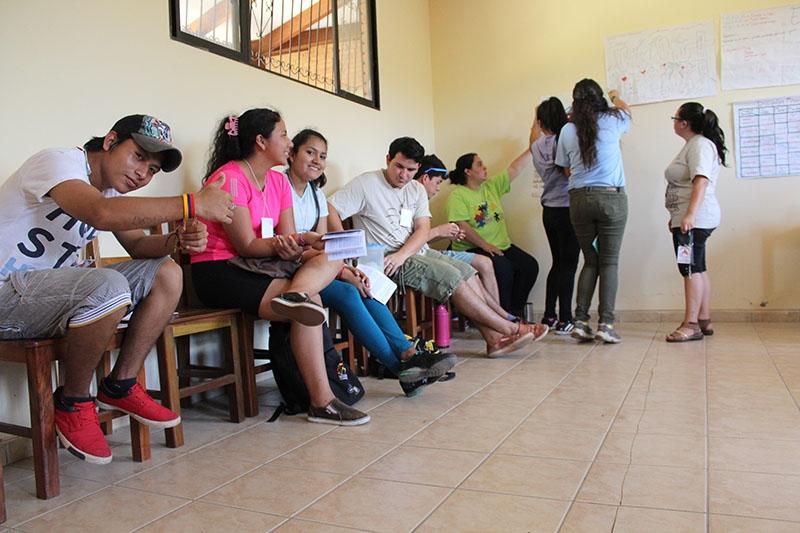 encuentro-con-los-jvenes-en-bolivia_32706294316_o