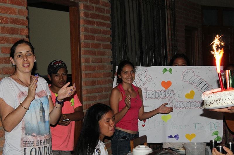 encuentro-con-los-jvenes-en-bolivia_32746968735_o