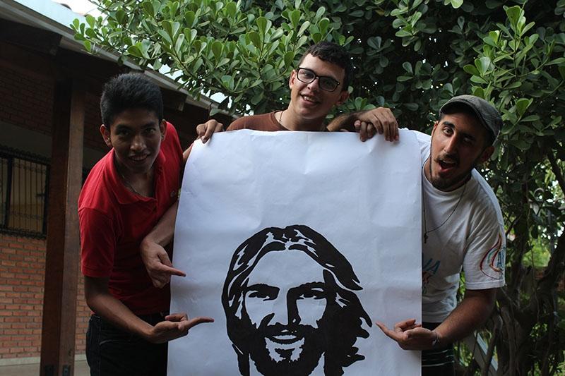 encuentro-con-los-jvenes-en-bolivia_32747007695_o