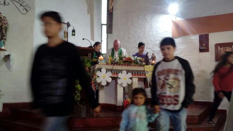 en-reja-grande-celebrando-a-francisco-y-maria-ana_23743537318_o