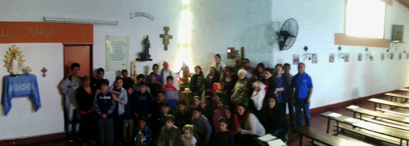 en-reja-grande-celebrando-a-francisco-y-maria-ana_37564200902_o
