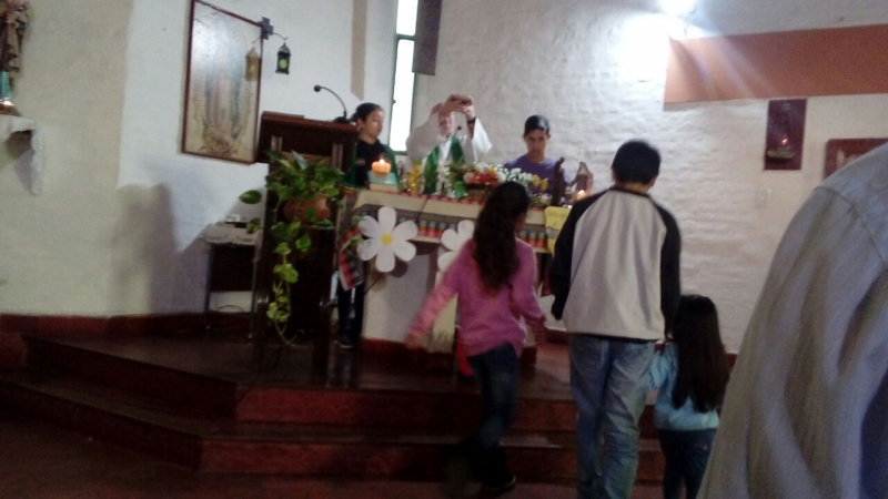 en-reja-grande-celebrando-a-francisco-y-maria-ana_37564211252_o