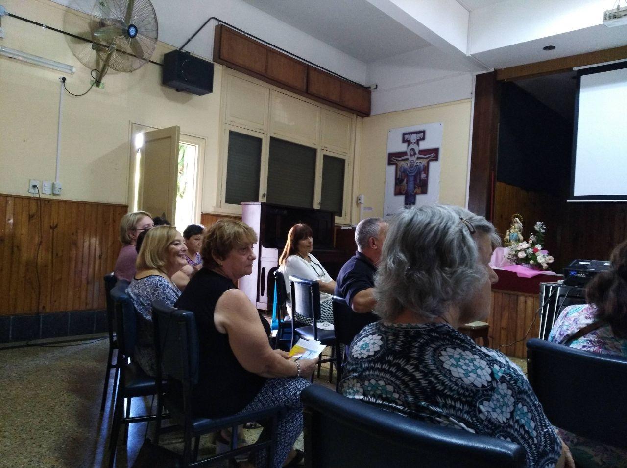 encuentro-de-los-asociados-con-m-rosario-y-hermanas-de-argentina_38550935210_o