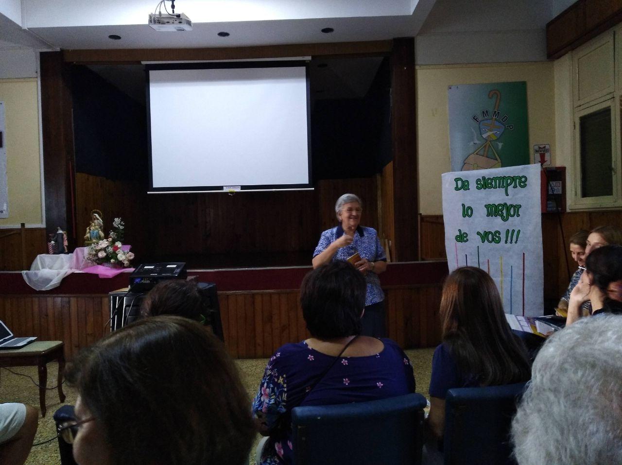 encuentro-de-los-asociados-con-m-rosario-y-hermanas-de-argentina_38550935500_o