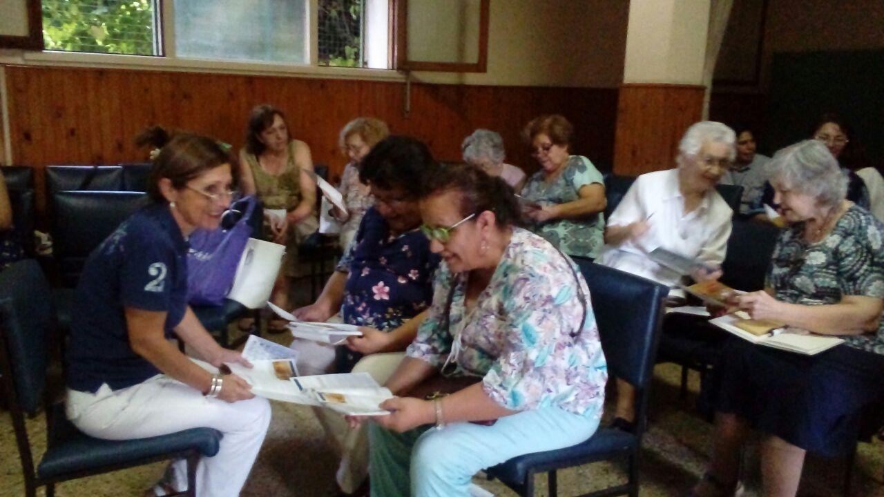 encuentro-de-los-asociados-con-m-rosario-y-hermanas-de-argentina_40360735911_o