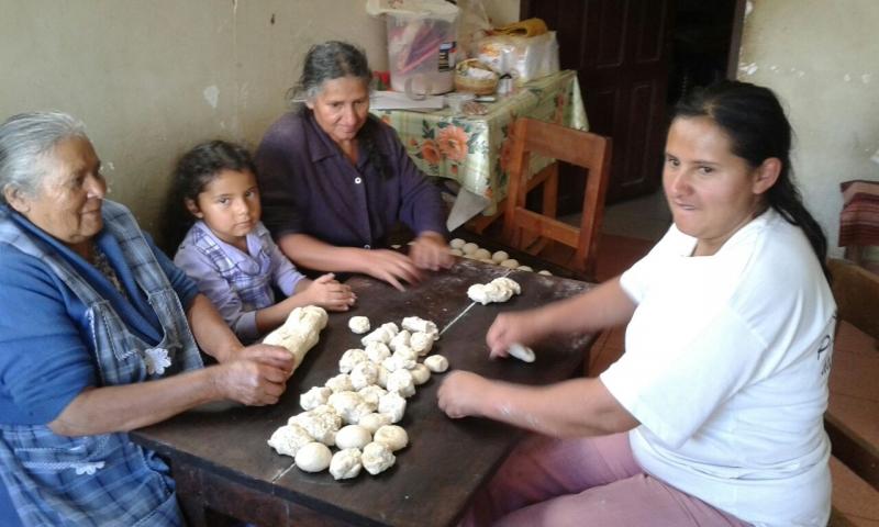 semana-santa-en-moro-moro-bolivia_25828752370_o