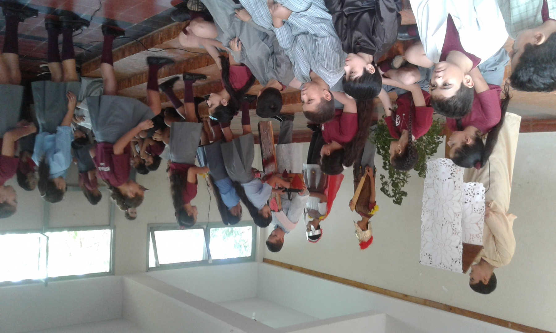 viernes-santo-en-inst-san-jos_41210562341_o